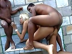blon shemale big ass fucked in the pool