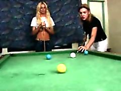 Tranny group receive bjs at a pool table