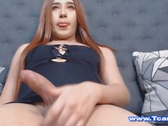 Sexy Hot Trans Likes To Suck Infront Of Her Cam